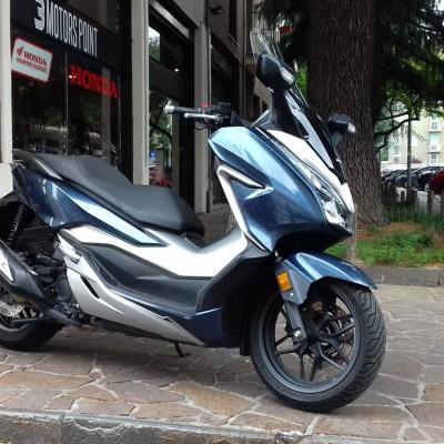 HONDA FORZA 300 19