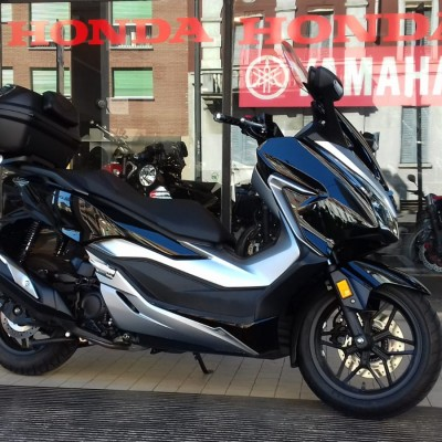 HONDA FORZA 300 21